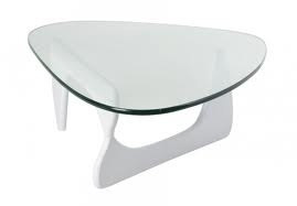 location de mobilier v nementiel table basse isamu noguchi blanche sur. Black Bedroom Furniture Sets. Home Design Ideas