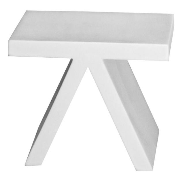 Equipement pour location tables basses location de for Table salon design italien